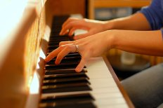 benefits-of-playing-piano